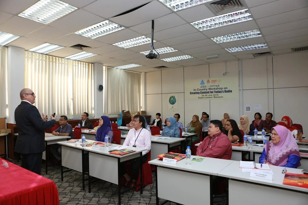 A 4-day course to provide radio programmers an insightful knowledge in creating content has began in Kuala Lumpur.