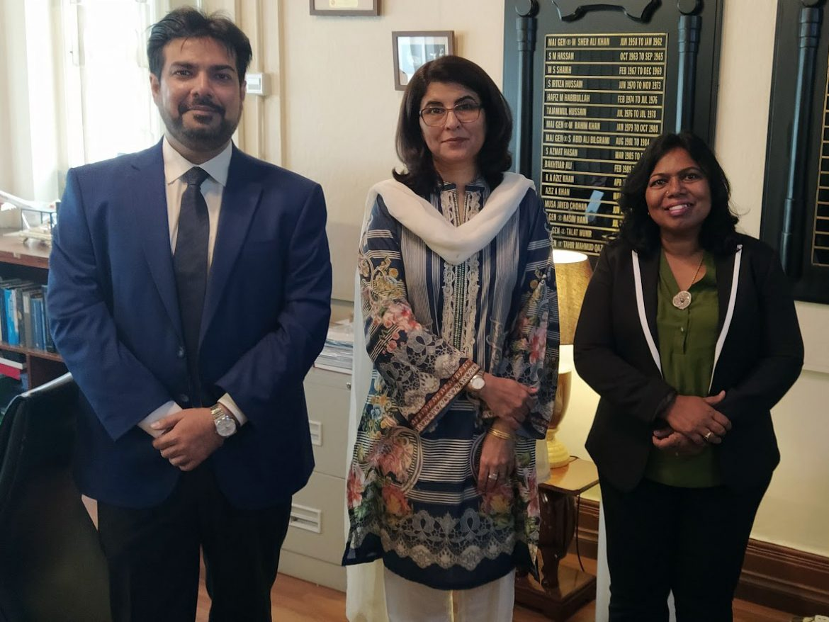 Director Meets Pakistani High Commissioner to Malaysia